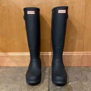 NWOT Navy Tall Hunter Boots